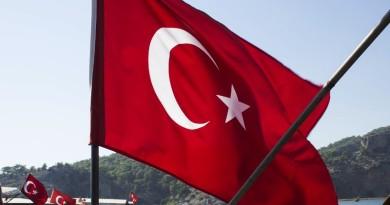 Turecko sa snaží znížiť domáci dopyt po amerických dolároch