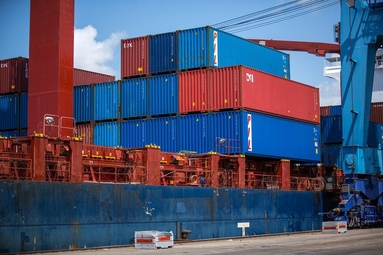EÚ zavádza nové pravidlá na ochranu obchodu