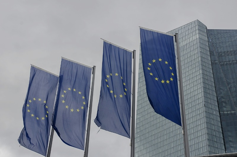 Sankcie USA a opatrenie na ochranu ekonomických záujmov EÚ v Iráne