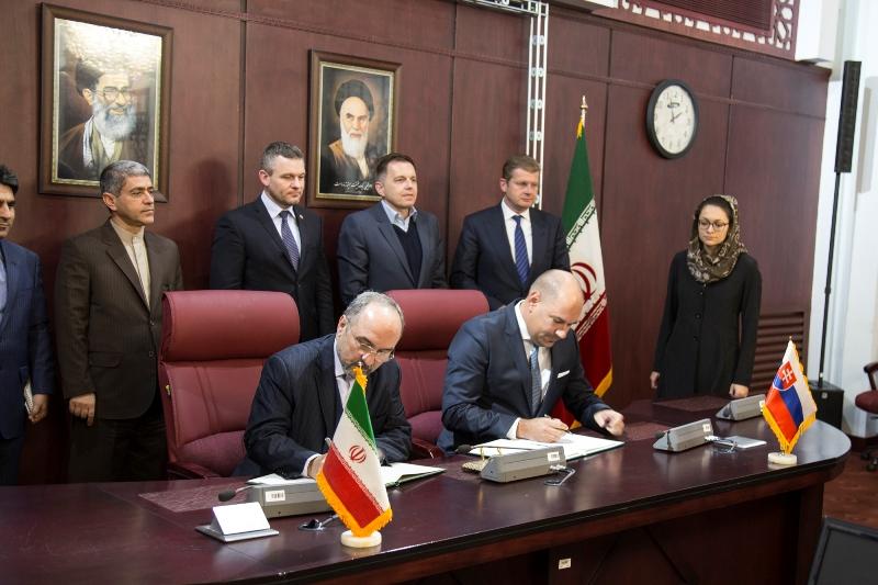 EXIMBANKA SR podpísala Memorandum o porozumení s Ministerstvom  hospodárstva a financií Iránskej islamskej republiky