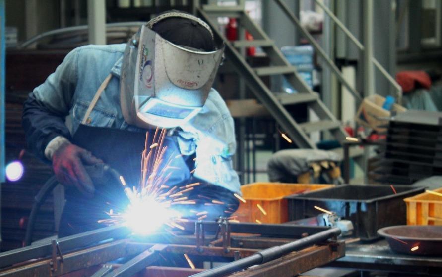 Dopyt zo Švajčiarska na zadanie objednávky na výrobu oceľových dielcov