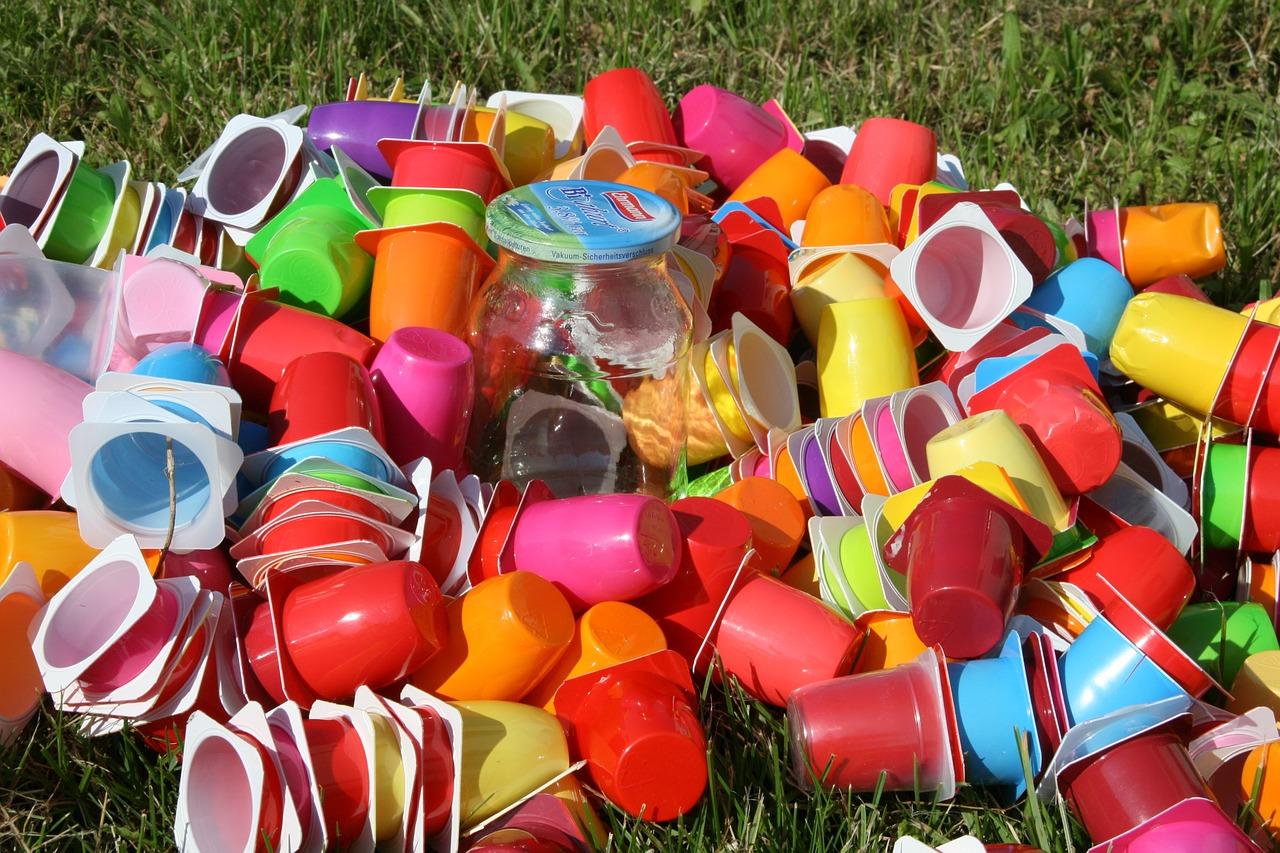 Bola prijatá celoeurópska stratégia pre plasty