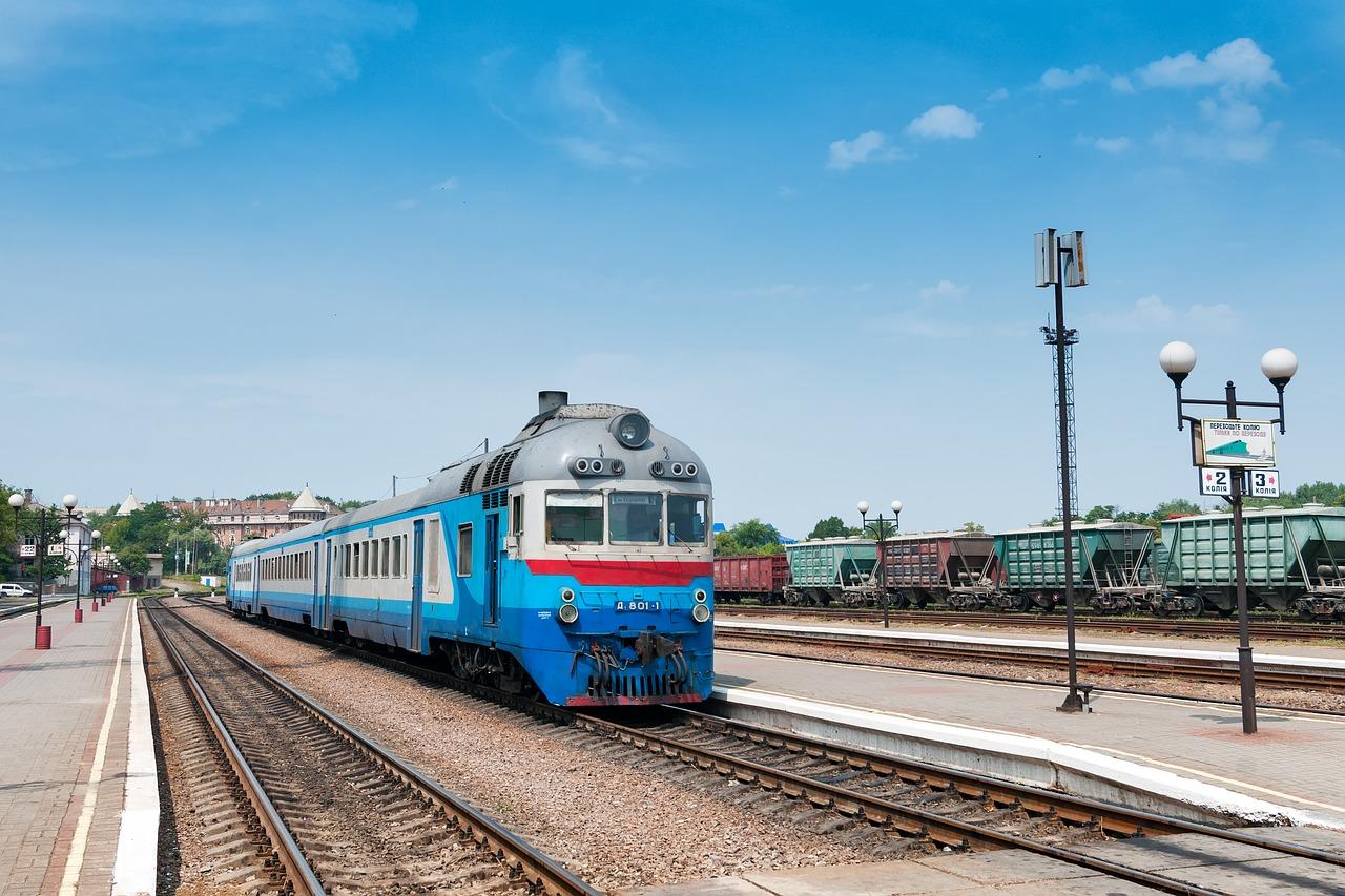 US General Electric a Ukrzaliznytsia na Ukrajine podpísali obchod za 1 miliardu dolárov