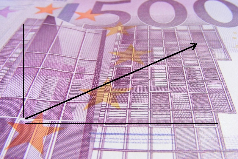 Slovensko by malo dosiahnuť v 2019 spolu s Írskom druhý najvyšší rast HDP v EÚ